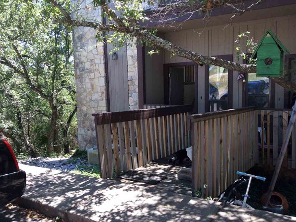 3 bed 4 bath Townhouse at 801A GRASSY KNL HORSESHOE BAY, TX, 78657 is for sale at 140k - 1 of 14