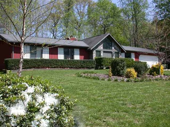 3 bed 2 bath Single Family at 670 Stonehedge Dr Stone Mountain, GA, 30087 is for sale at 125k - 1 of 2