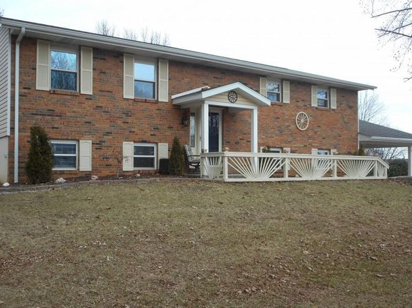 In Ground Pool Troy Real Estate Troy Il Homes For Sale Zillow