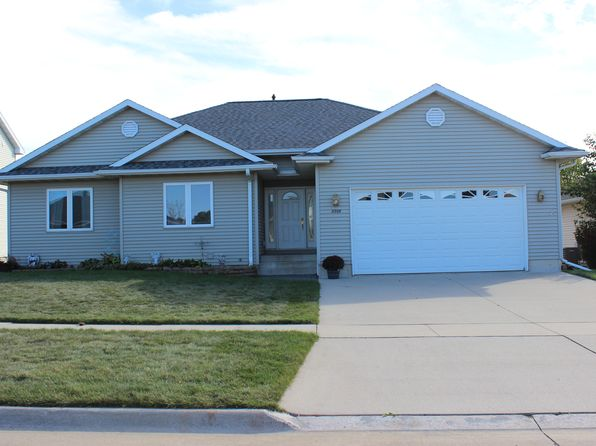 4 bed 3 bath Single Family at 2209 GREEN CREEK RD CEDAR FALLS, IA, 50613 is for sale at 280k - 1 of 21