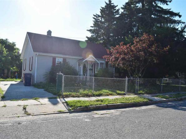 2 bed 1 bath Single Family at 12 S Elm St Bridgeton, NJ, 08302 is for sale at 60k - 1 of 13
