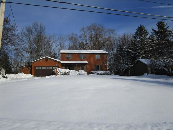 4 bed 3 bath Single Family at 1306 Millcreek Run Webster, NY, 14580 is for sale at 250k - 1 of 31