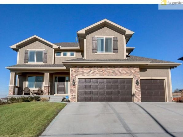 4 bed 3 bath Single Family at 1218 Becket Ct Raymore, MO, 64083 is for sale at 348k - 1 of 25