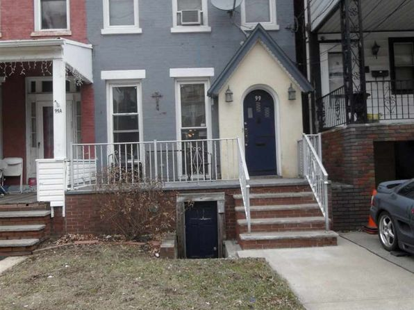 2 bed 4 bath Single Family at 99 W 33rd St Bayonne, NJ, 07002 is for sale at 289k - 1 of 9