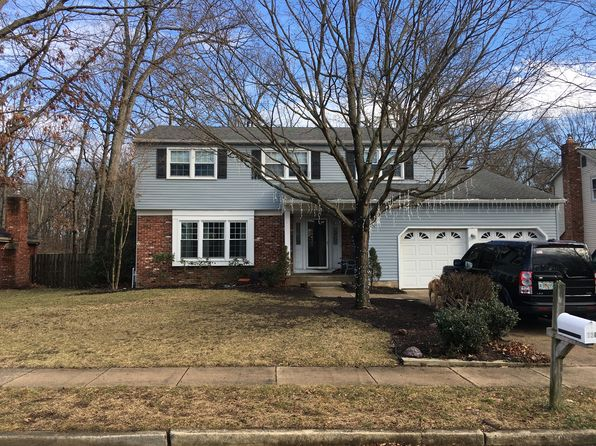 4 bed 3 bath Single Family at 130 Knotty Oak Dr Mount Laurel, NJ, 08054 is for sale at 390k - 1 of 21