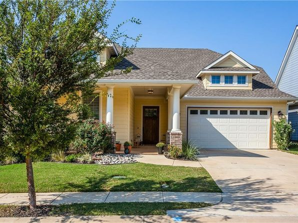 3 bed 3 bath Single Family at 531 Village Way Argyle, TX, 76226 is for sale at 356k - 1 of 28