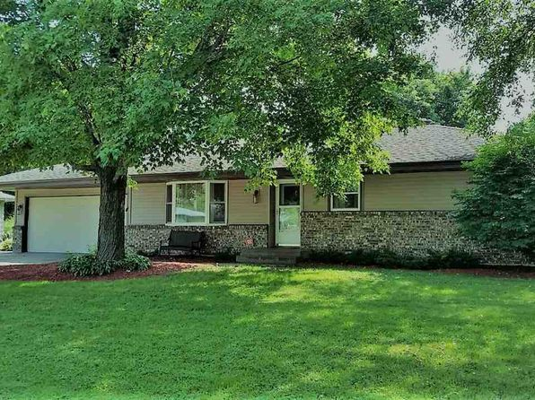 3 bed 1 bath Single Family at 9963 Bluebonnet Dr Machesney Pk, IL, 61115 is for sale at 130k - 1 of 20