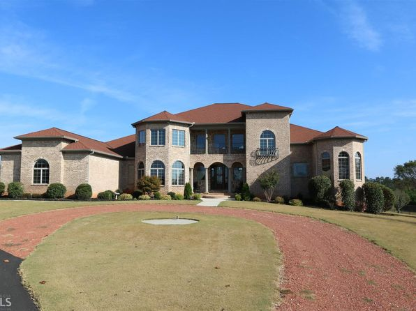 5 bed 5.5 bath Single Family at 1020 Estes Rd Mansfield, GA, 30055 is for sale at 900k - 1 of 36