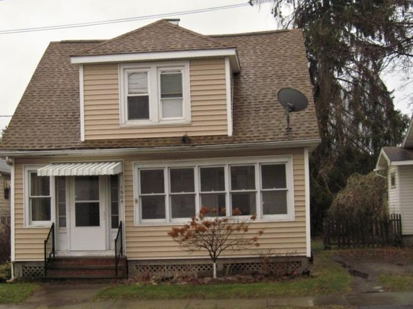 3 bed 1 bath Single Family at 1604 Monroe St Endicott, NY, 13760 is for sale at 60k - 1 of 9