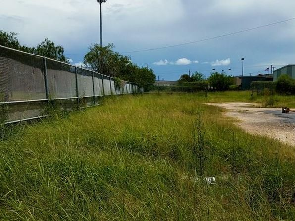 null bed null bath Vacant Land at 0 Rentfro Blvd Brownsville, TX, 78521 is for sale at 150k - 1 of 10