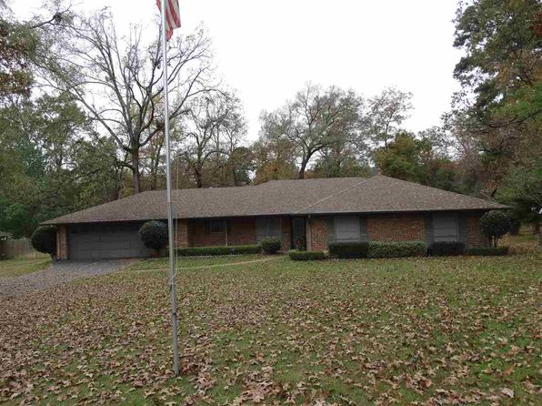 3 bed 2 bath Single Family at 811 Diamond St Longview, TX, 75601 is for sale at 200k - 1 of 25