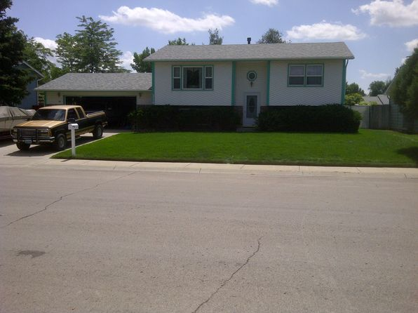 3 bed 2 bath Single Family at 114 E Walnut St Gillette, WY, 82718 is for sale at 200k - 1 of 31