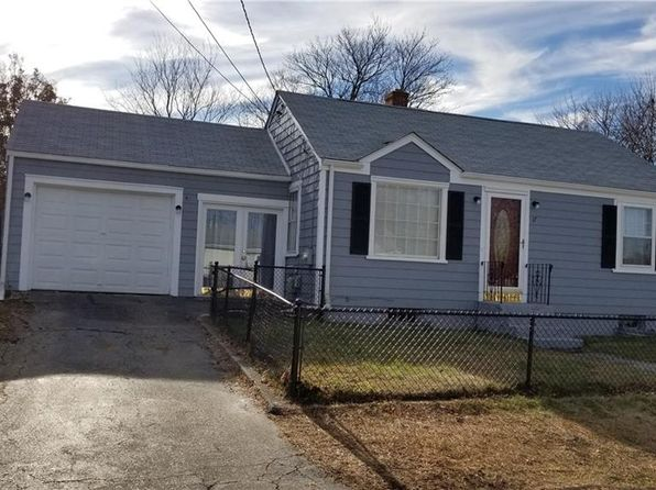 2 bed 1 bath Single Family at 17 Lena St East Providence, RI, 02914 is for sale at 195k - 1 of 10