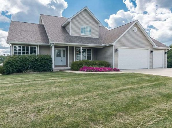 3 bed 4 bath Single Family at 2123 Parkway Dr Port Byron, IL, 61275 is for sale at 270k - 1 of 24