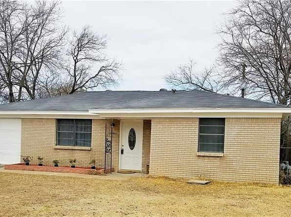 3 bed 1 bath Single Family at 7616 Carlos St White Settlement, TX, 76108 is for sale at 125k - 1 of 13