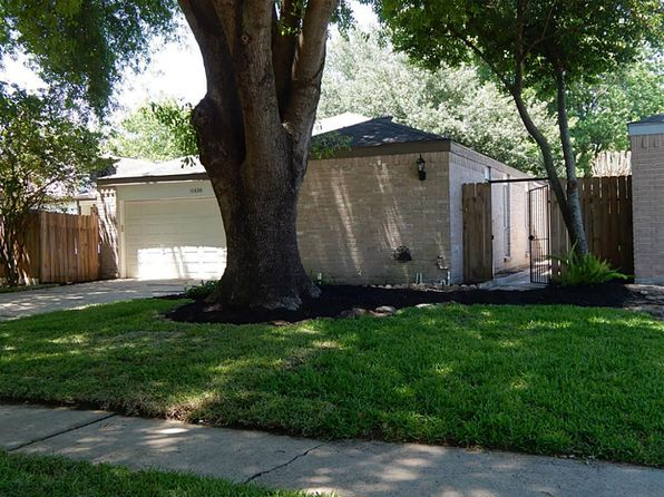 3 bed 2 bath Single Family at 11630 Herald Square Dr Houston, TX, 77099 is for sale at 175k - 1 of 11