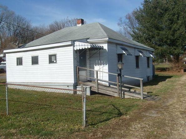 2 bed 1 bath Single Family at 826 Mississippi Ave NE Roanoke, VA, 24012 is for sale at 45k - 1 of 15