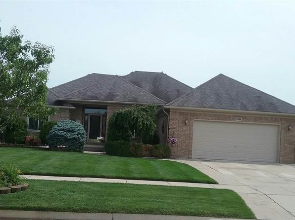 3 bed 3 bath Single Family at 21404 Rome Dr Macomb, MI, 48044 is for sale at 321k - 1 of 48
