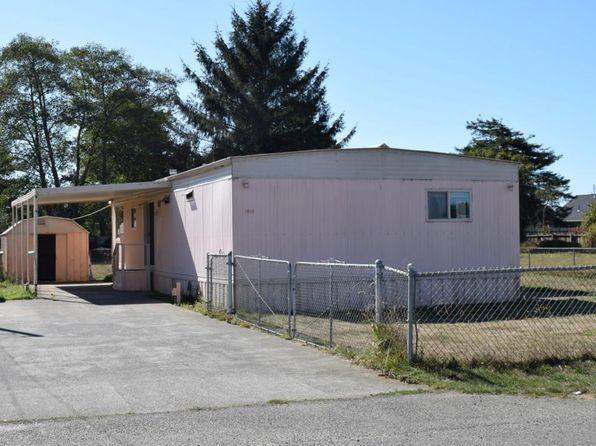 2 bed 2 bath Single Family at 1814 Gwin Rd McKinleyville, CA, 95519 is for sale at 220k - 1 of 32