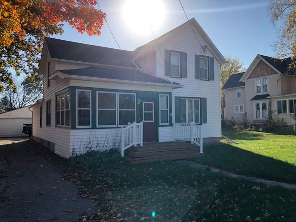 2 bed 1 bath Single Family at 307 E Main St Cambridge, WI, 53523 is for sale at 157k - 1 of 20