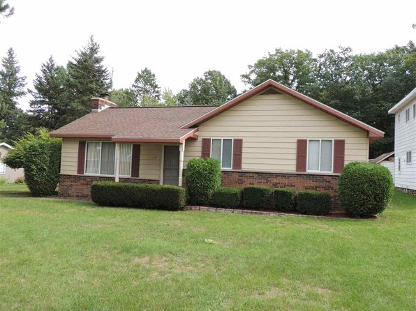 3 bed 2 bath Single Family at 111 Charles Higgins Lake, MI, 48627 is for sale at 120k - 1 of 29