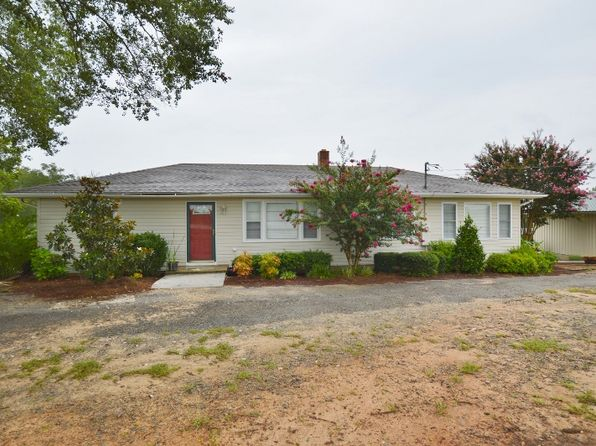 2 bed 1 bath Single Family at 1953 Coldwater Rd Elberton, GA, 30635 is for sale at 142k - 1 of 40