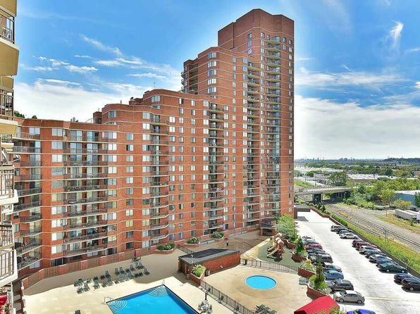 1 bed 1 bath Condo at 709 Harmon Cove Tower Secaucus, NJ, 07094 is for sale at 300k - 1 of 15