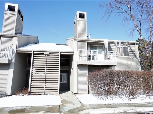 1 bed 1 bath Townhouse at 43 Orchard Ter Lombard, IL, 60148 is for sale at 119k - 1 of 8