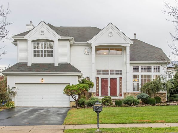 4 bed 3 bath Single Family at 28 Kirschman Dr Matawan, NJ, 07747 is for sale at 539k - 1 of 24