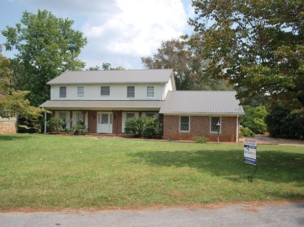 5 bed 3 bath Single Family at 107 Crescent Dr Carrollton, GA, 30117 is for sale at 285k - 1 of 25