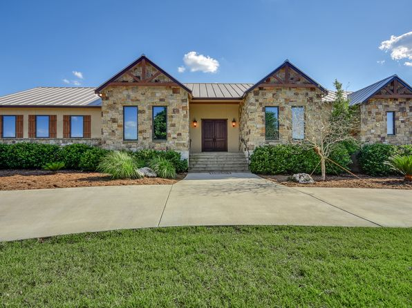 4 bed 3.2 bath Single Family at 620 SAN MARCOS TRL NEW BRAUNFELS, TX, 78132 is for sale at 1.20m - 1 of 25