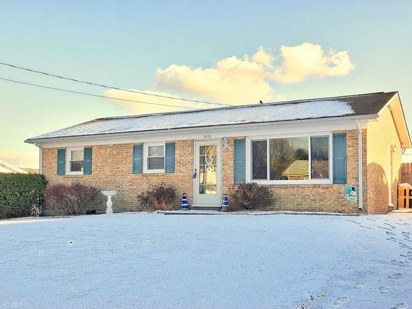 3 bed 1 bath Single Family at 5446 Mitchell Dr Dublin, VA, 24084 is for sale at 104k - 1 of 35