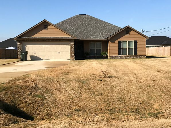 4 bed 2 bath Single Family at 10 Wheatland Ct Fort Mitchell, AL, 36856 is for sale at 160k - 1 of 15