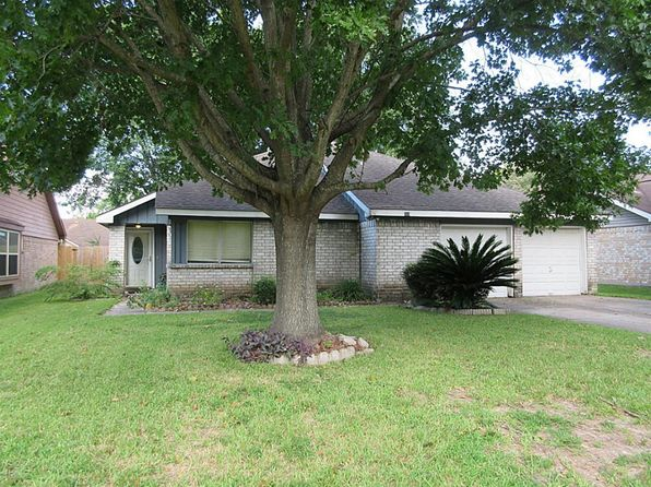 3 bed 2 bath Single Family at 319 Enfield Dr Highlands, TX, 77562 is for sale at 140k - 1 of 15