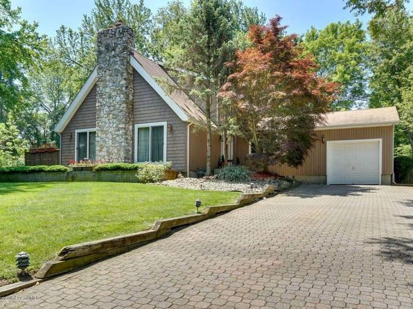 4 bed 3 bath Single Family at 42 ORCHARD ST Eatontown, NJ, 07724 is for sale at 425k - 1 of 15