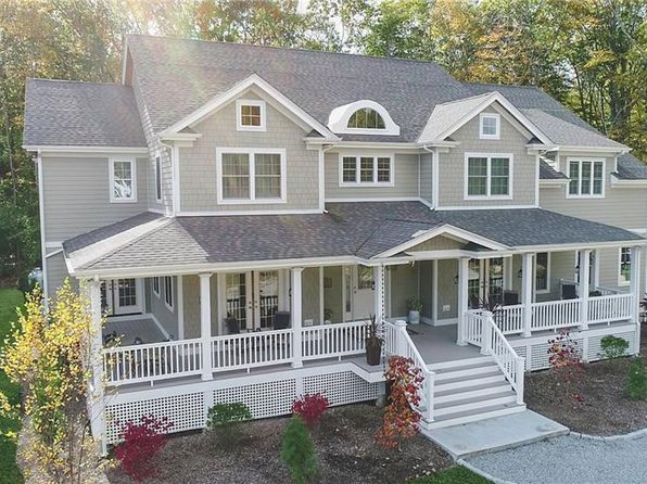 5 bed 6 bath Single Family at 15 OAKBROOK CT EAST GREENWICH, RI, 02818 is for sale at 735k - 1 of 39