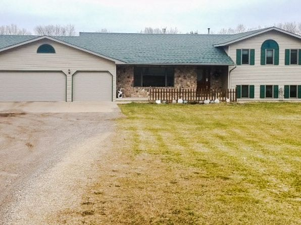 3 bed 3 bath Single Family at N7806 State Road 49 Iola, WI, 54945 is for sale at 280k - 1 of 19