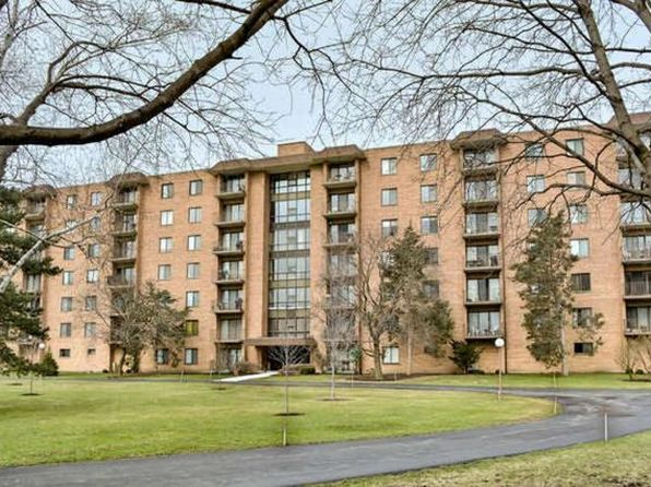3 bed 2 bath Condo at 1727 W Crystal Ln Mount Prospect, IL, 60056 is for sale at 199k - 1 of 20
