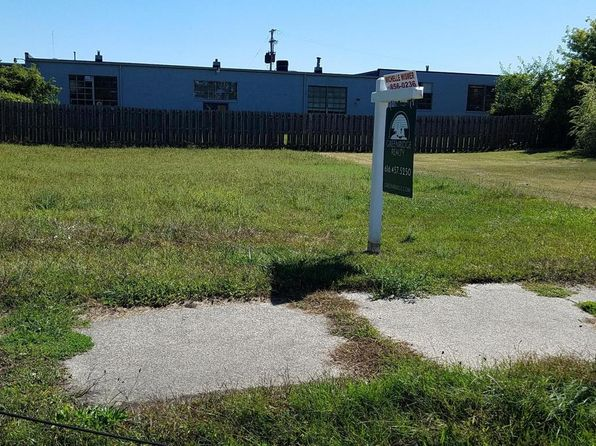 null bed null bath Vacant Land at 1630 McReynolds Ave NW Grand Rapids, MI, 49504 is for sale at 15k - 1 of 3