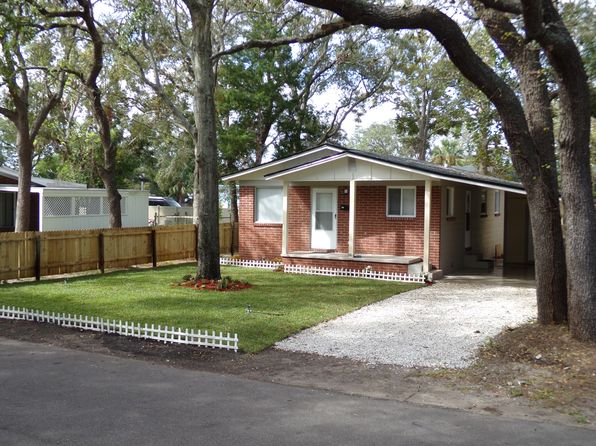 3 bed 1 bath Single Family at 909 S 9th St Fernandina Beach, FL, 32034 is for sale at 159k - 1 of 3