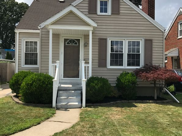 3 bed 2 bath Single Family at 115 Helen Dr Rossford, OH, 43460 is for sale at 169k - 1 of 19