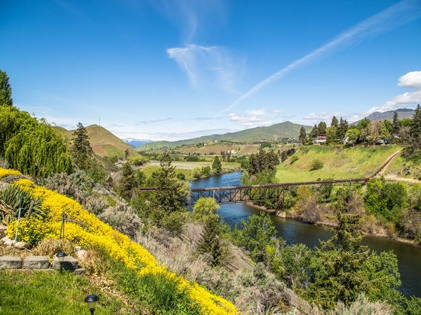 3 bed 3 bath Single Family at 1509 Alexandria Ct Wenatchee, WA, 98801 is for sale at 420k - 1 of 58