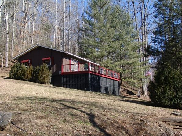 2 bed 1 bath Single Family at 120 Valley Rd Franklin, NC, 28734 is for sale at 120k - 1 of 8