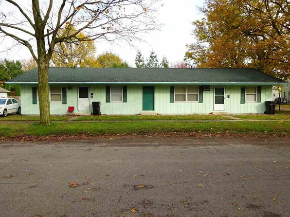 4 bed 4 bath Single Family at 200 W 5th St Rochester, IN, 46975 is for sale at 110k - 1 of 9