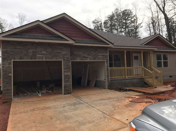 3 bed 2 bath Single Family at 489 Kent St Spartanburg, SC, 29301 is for sale at 179k - 1 of 17