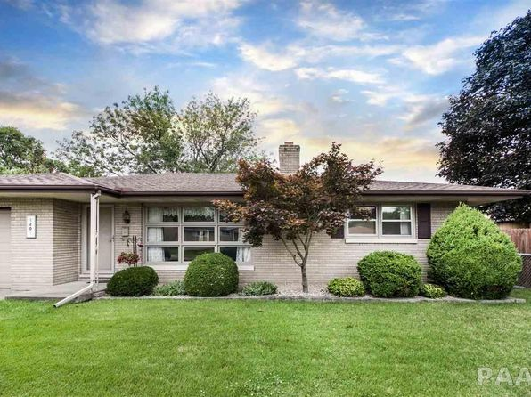 3 bed 2 bath Single Family at 1201 N 12th St Pekin, IL, 61554 is for sale at 105k - 1 of 36