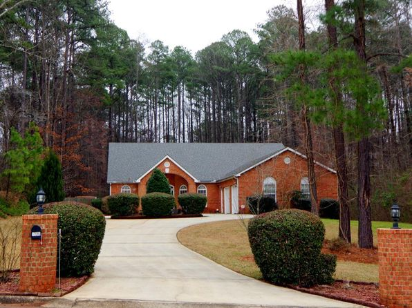 4 bed 2 bath Single Family at 8326 CARLTON RD RIVERDALE, GA, 30296 is for sale at 190k - 1 of 36