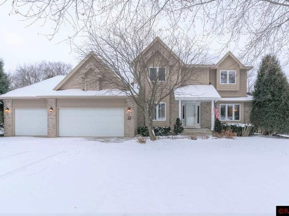5 bed 4 bath Single Family at 161 Fairway Dr Mankato, MN, 56001 is for sale at 389k - 1 of 25