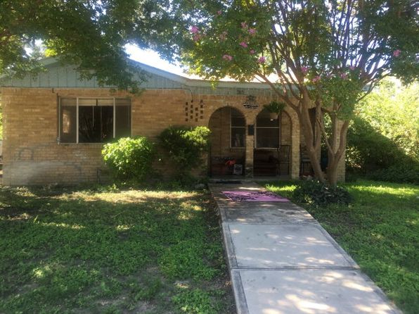 3 bed 2 bath Single Family at 608 W GARDEN ST UVALDE, TX, 78801 is for sale at 59k - google static map