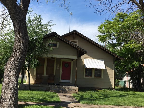3 bed 1 bath Single Family at 712 Burns St Taylor, TX, 76574 is for sale at 159k - google static map